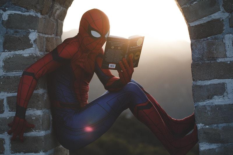 Spiderman-Reading